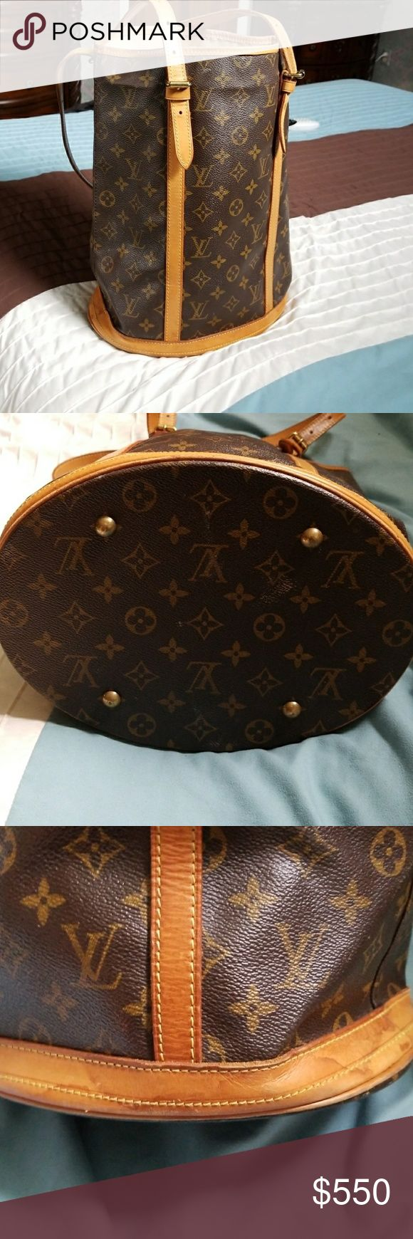 Authentic Louis vuition bucket Gm 100% vintage bucket(trade price higher)trading for another louis vuitton only Louis Vuitton Bags Totes