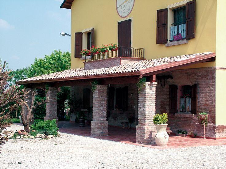 Porticato con colonne ad una falda linea classica for Piani di casa in mattoni con veranda
