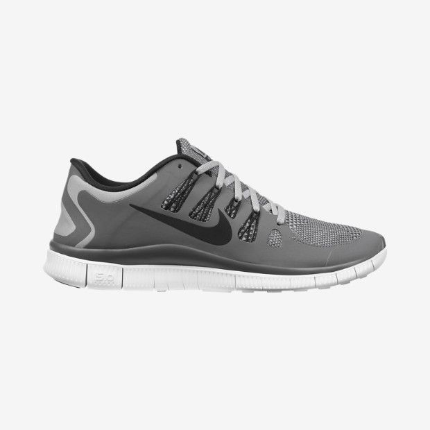 nike free run black & white ticking shower