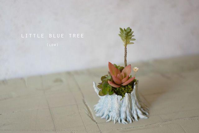 Little blue tree (low)