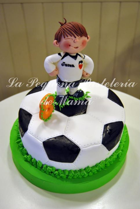 Soccer Ball Ice Cream Cake Recipe