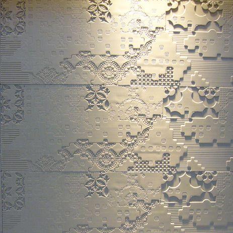 Bas-Relief   :  Una collezione prodotta artigianalmente dove il tema del bassorilievo è proposto con diverse varianti e profondità.