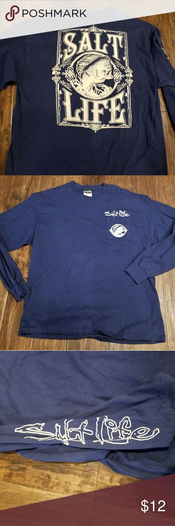 Men's Salt Life long sleeved men's shirt Excellent pre owned condition. From a non smoking home. salt life Shirts