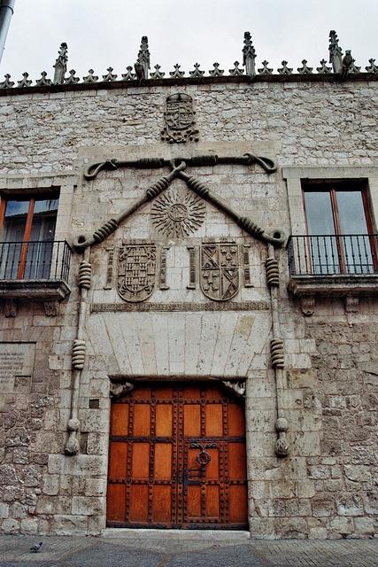 Casa del Cordón, Burgos