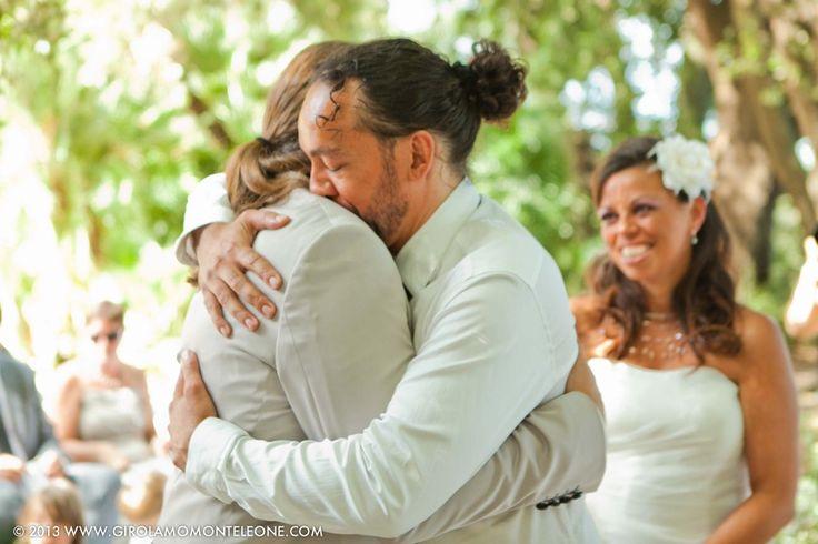 matrimonio con festeggiamento in campeggio!! reportage fotografico di Girolamo Monteleone wedding photojournalist. www.girolamomonteleone.com