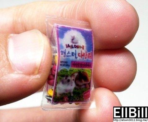 ●EllBill Miniature_Hamster food ●Creator: EllBill (KimMinju) ●blog: alswn3011.blog.me/   ●E-mail: alswn3011@naver.com