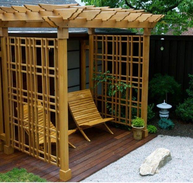 Pergola Ideas for Small Backyards | Backyard pergola ...