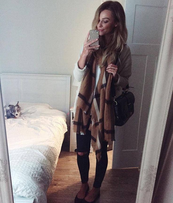 Vancouver , Canada  twitter @melissamerk | snap - melissamerk Dulcedo | Key Models | Much   melissa.m@dulcedo.com