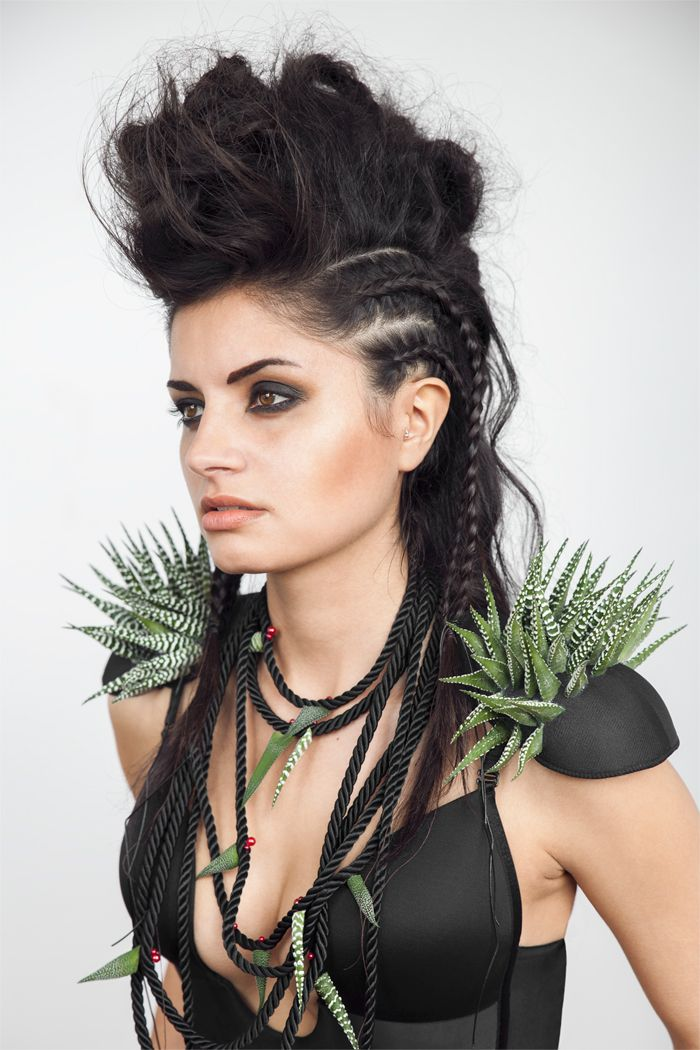 COOL hair style, Mad Max inspired. Very warrior princess, dessert queen. Braids and faux mohawk. Spikey shoulder pads. Studio fashion shoot. Smokey eye make up.  Photographer Jenny Jacobson. FOLLOW JENNY AND GET BEHIND THE SCENES ON HER BLOG: www.jennyjacobsson.com/blog