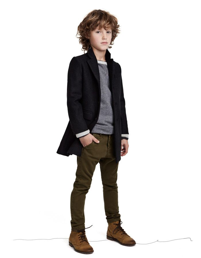 Now that Max's getting into the big boy clothes. Love this for his St. Louis Holiday trip.     Looks - KIDS STUDIO ( 2-8 years ) - Kids - ZARA United States - Kids Studio 26