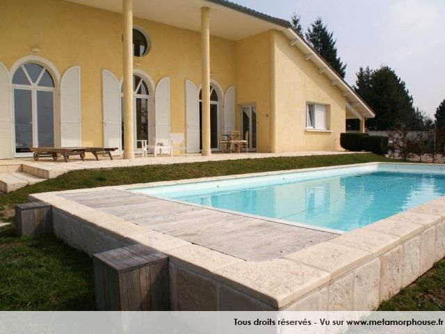25 best ideas about margelle de piscine on pinterest for Margelle piscine imitation bois