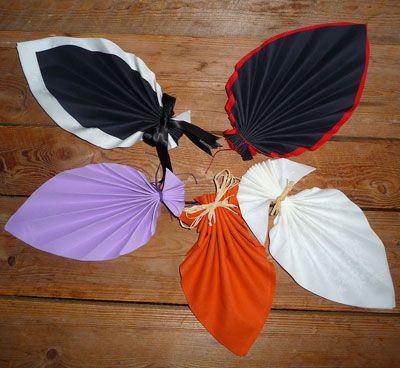 Pliage de serviette de table en forme de feuille de palmier plier une serviette en papier - Plier une feuille en 3 ...