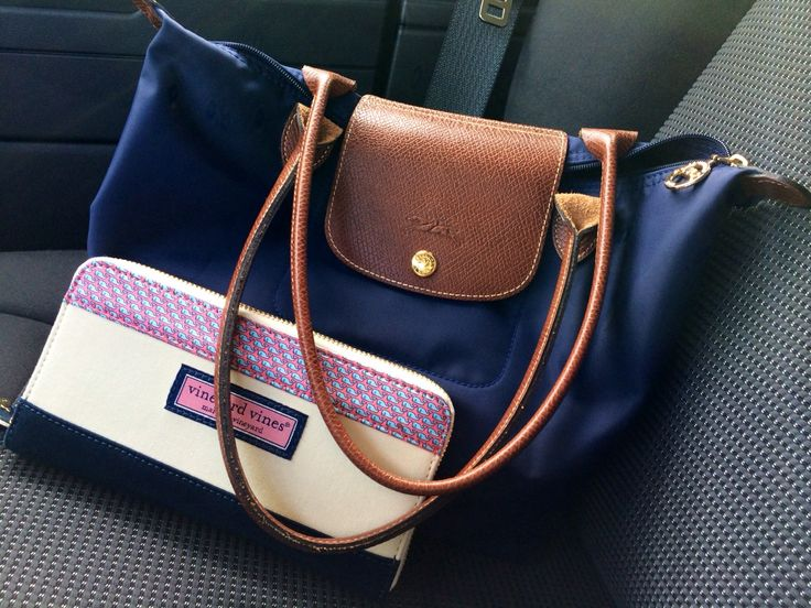 Enjoy Cheap Longchamp Leather Tote Bags