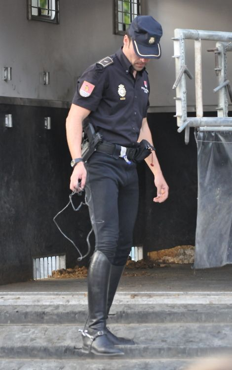 gay leather cop