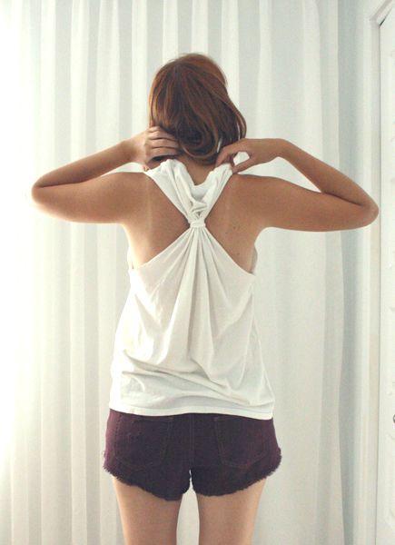 DIY : Transformer deux t-shirts trop grands en petits chandails d'été    Bulles + Bottillons