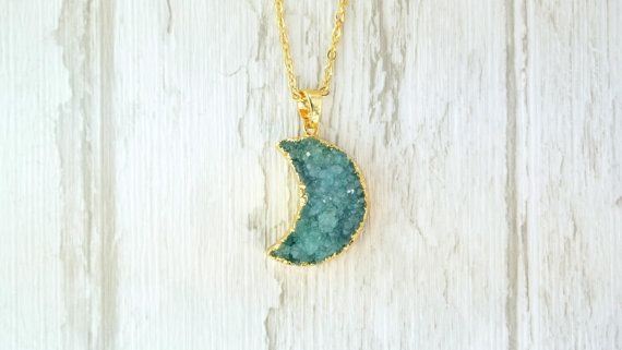 Moon Shape Druzy Pendant / Agate Druzy Nacklace / Natural Geode Stone / Mineral Jewellery / Gift
