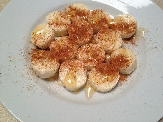 My new favorite dessert, Banana, Cinnamon and Honey  Less than 100 calories and way more satisfying than some little packet of dry cookies.