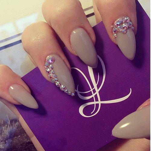 #stiletto nails