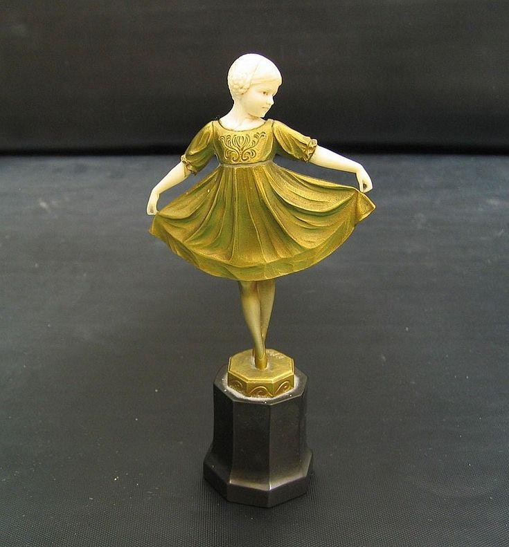 Bronzefigur Ferdinand Preiss »Art déco Revue-Tänzerin