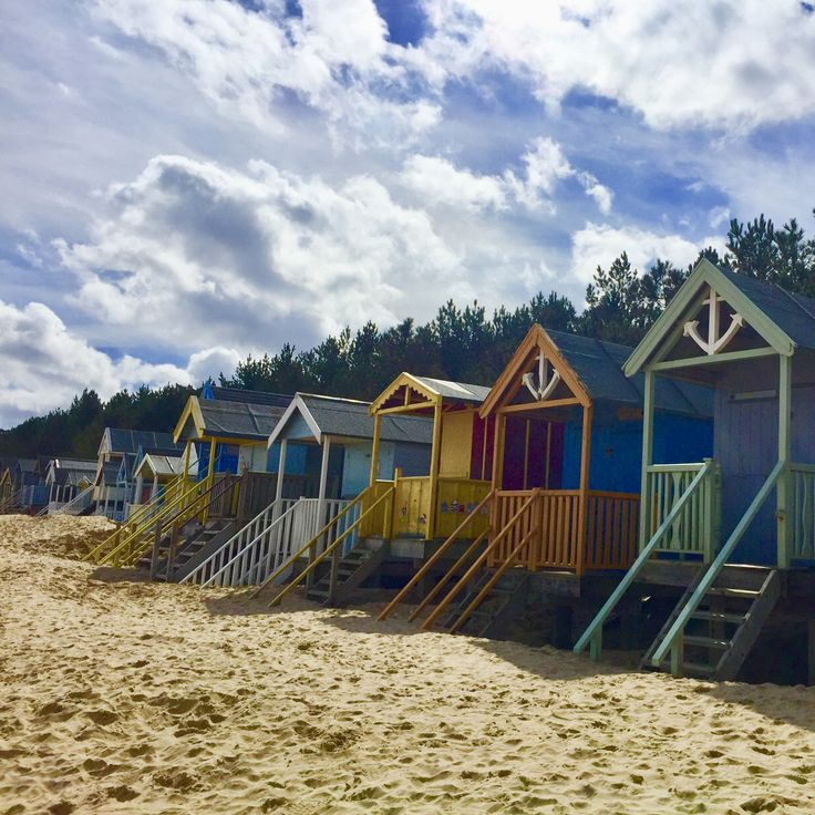 Just love Wells Beach Huts.. Book your dog and child friendly holiday in North Norfolk now - link in bio