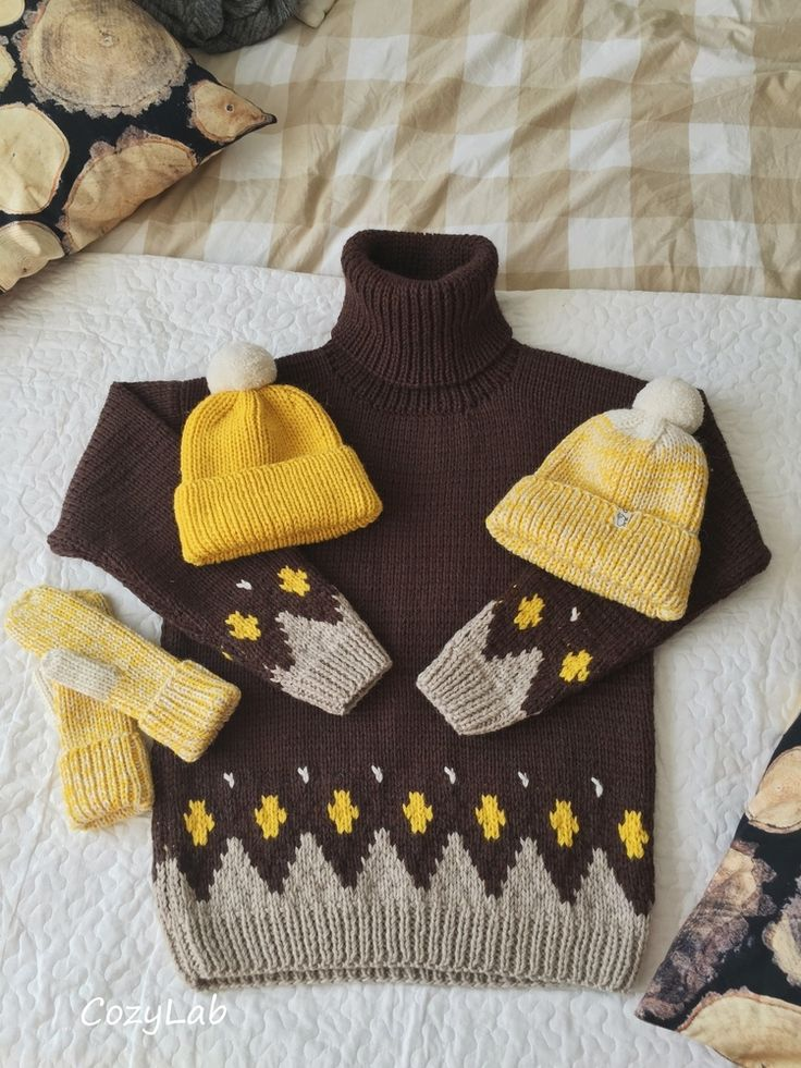 Шерстяной шоколадно-коричневый свитер с орнаментом