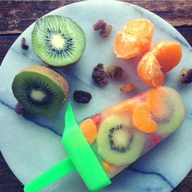 Paleta de kiwi mandarinas y pasas! Refrescante y vegano👏🏼
