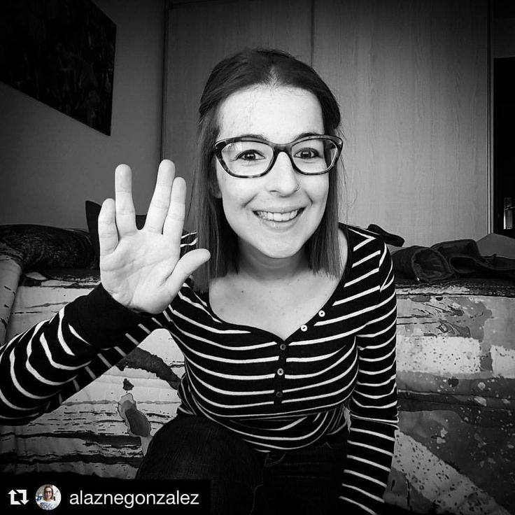 Wishing you all a beautiful Easter Saturday with a pretty big smile from our dear Arte Cluster Ambassador Spain 🇪🇸 @alaznegonzalez Gracias, guapa 👍🏼☀️🐣#instagood #instahealth #instaart #smile #motivation #clusterheadache #art #spain #awareness...