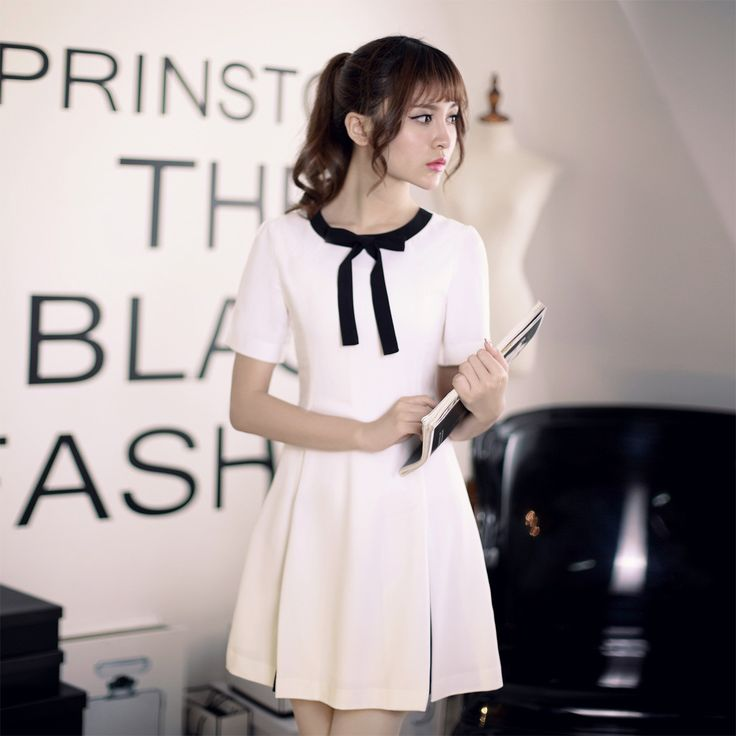 Japanese Fashion - Slim short-sleeved round neck A-line dress