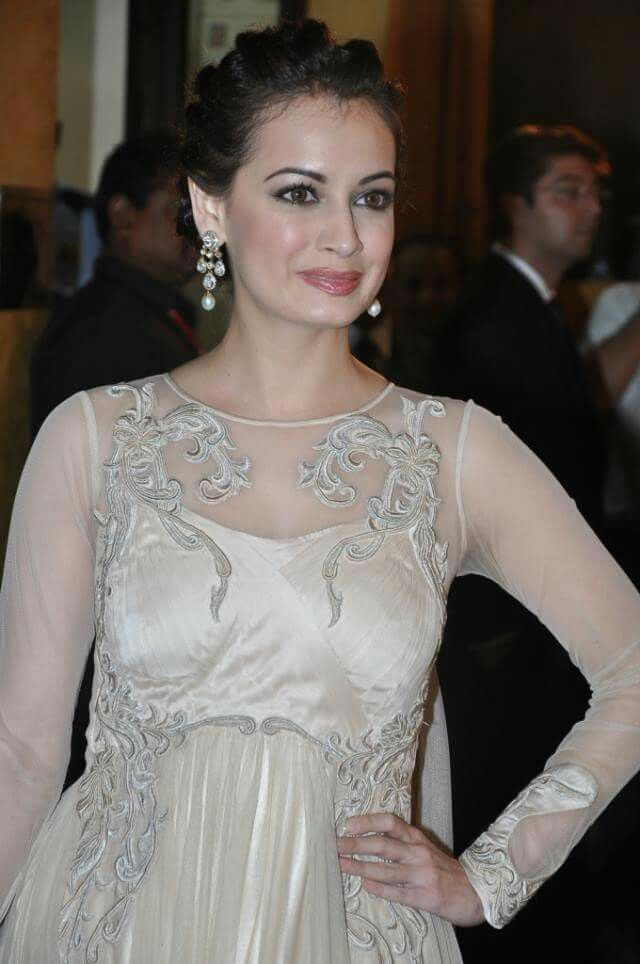 Beauty Queen Dia Mirza <3