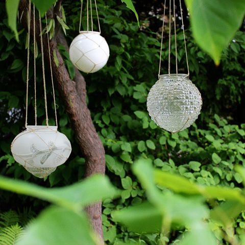 Lanterns from old light globes - awesome!