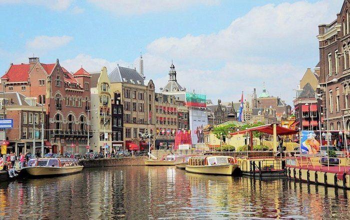 Sputnik Türkiye ///  'Amsterdam, Hollanda'dan ayrılabilir'