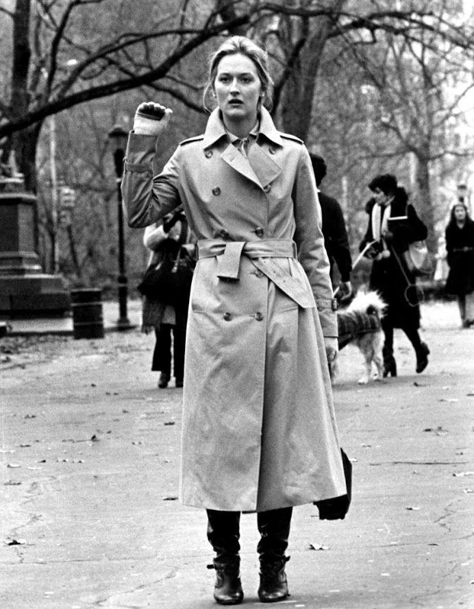 Trençkot mevsiminin stil ilhamı Audrey Hepburn'den Marilyn Monroe'ye bu ikonik kadınlardan. >>>> http://vogue.com.tr/toplist/9-ikonik-aktris-ile-trenckot?utm_content=buffer603bc&utm_medium=social&utm_source=plus.google.com&utm_campaign=buffer
