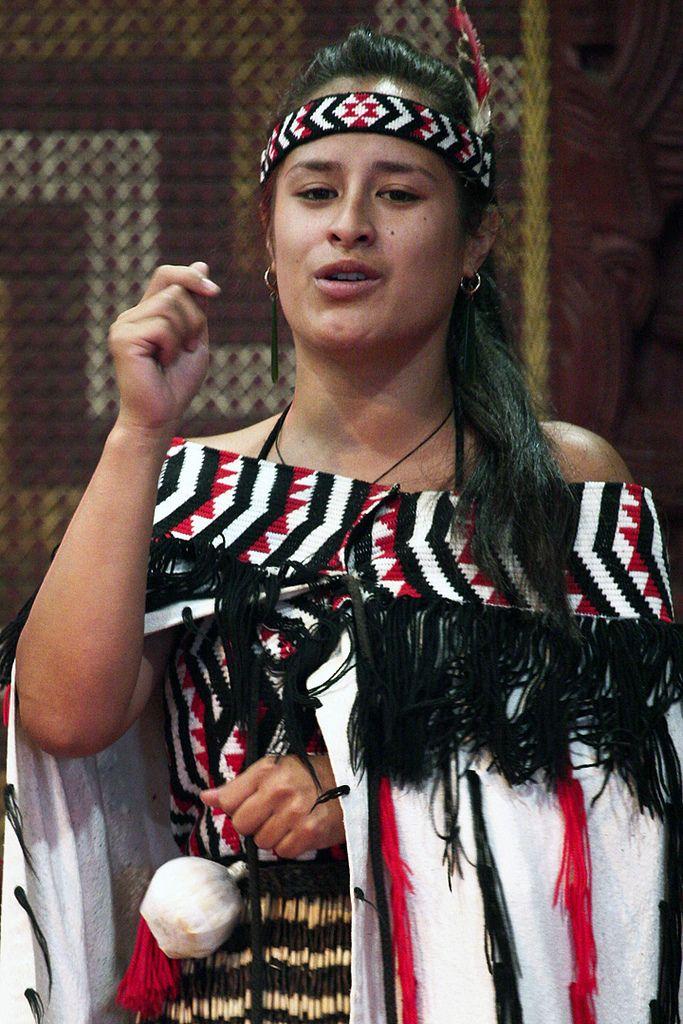 https://flic.kr/p/9gaiFx | New Zealand: Maori Culture 010 | Interpretive dance of a traditional Maori love story.
