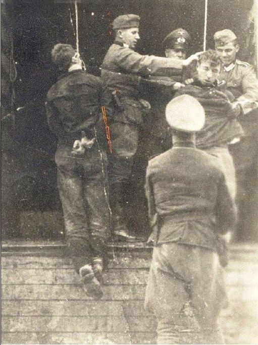 Nazi's hanging two Jews in Vilna Ghetto.