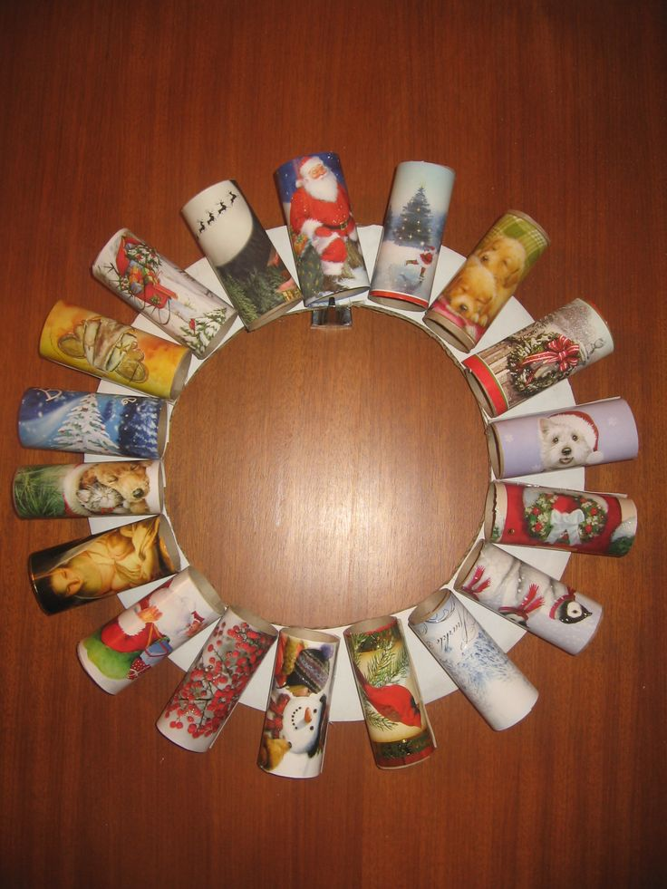 Toilet paper roll wreath recycled christmas cards fun for Recycle toilet paper rolls crafts