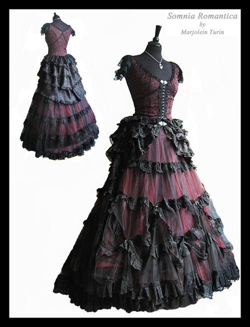 les 28 meilleures images du tableau robe gothique sur pinterest robe gothique v tements. Black Bedroom Furniture Sets. Home Design Ideas