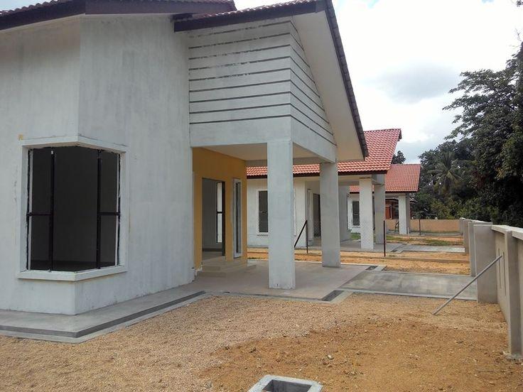 Rumah banglo untuk dijual  Gunong, Bachok Kelantan  lokasi - belakang masjid Gunong  Spesifikasi - luas rumah 1406kps - saiz tanah 5000kps  harga rm300k. hubungi 0109207746 / 01112907647 untuk maklumat lanjut  #amranfans #EkarRayaResources #Hartanah #Kelantan #KeyToYourDreamHome #kipidap #raysjimi #Rumah #Impian #Gunong #Bachok #UntukDiJual #Properties #Banglo #ForSale #House #Jual #Beli #LokasiTerbaik #Trending #Viral #iProperty #propertyguru #kediaman #perumahan #hargaberpa