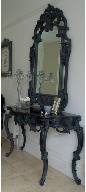 Table and mirror in black, a dressing table.
