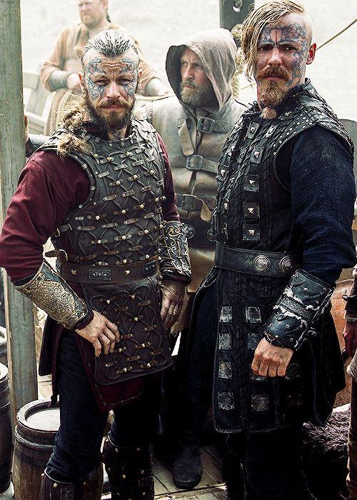 Harald Finehair and Halfdan the Black played by Peter Franzén & Jasper Pääkkönen on Season 4 of Vikings.