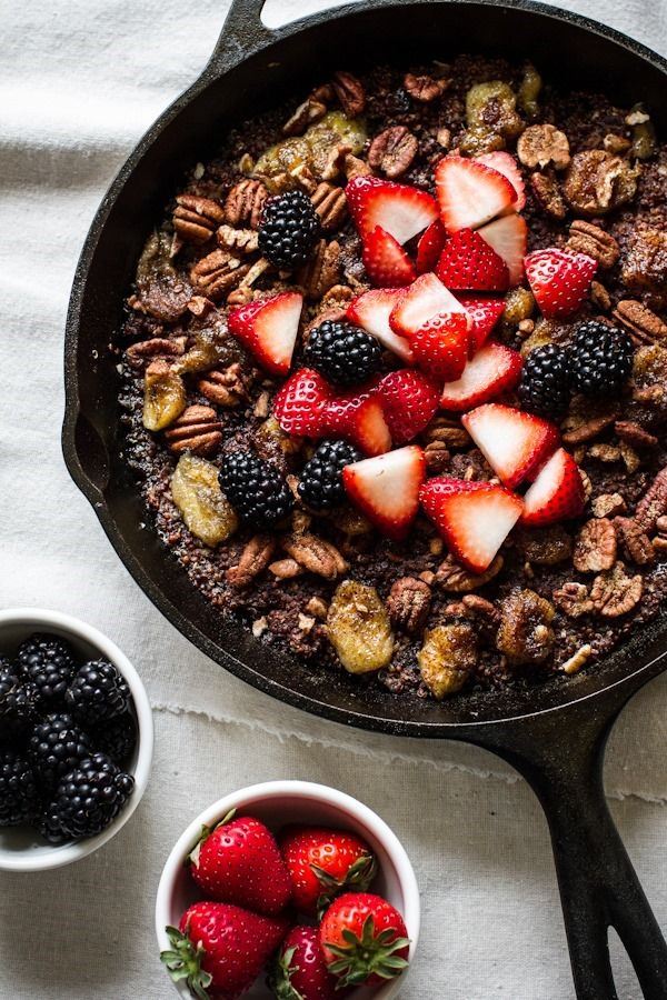 Breakfast Friday   Quinoa-Banana Skillet Bake -- edibleperspective.com #vegan