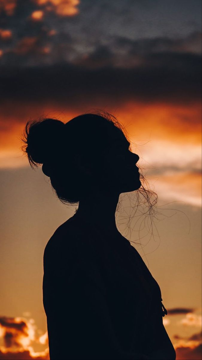 Pin By Cansel Peksen On Wallpaper Silhouette Pictures Sunset Photography People Shadow Pictures