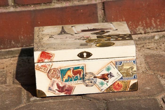 Decoupage box - travel