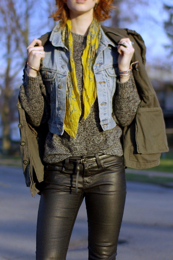 Love fashion blogger Claire Geist's layered look