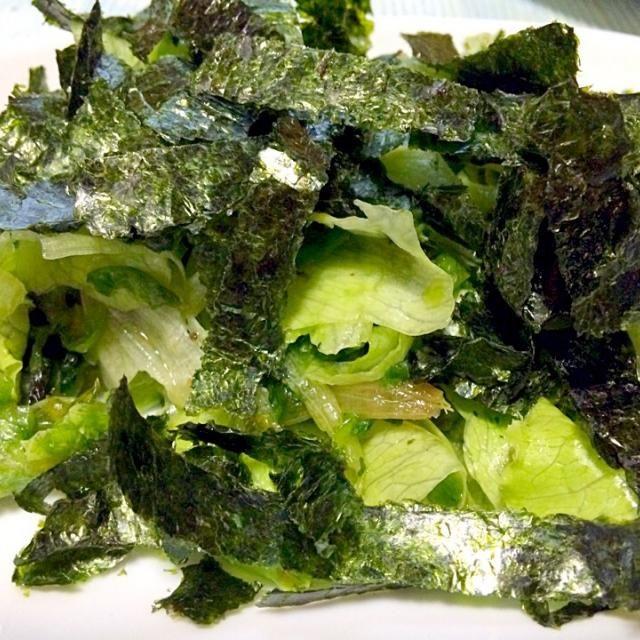 ちなみに夕食に作り 他の品を作っていたら娘が一人で完食してました。写真だけ撮っておいて良かった! - 129件のもぐもぐ - 簡単!レタス1個まん丸美味しく食べちゃえます絞りレタスの和風サラダもみ海苔が合う!野菜室の残念なレタスを見ないレシピつき! by sanomikijp