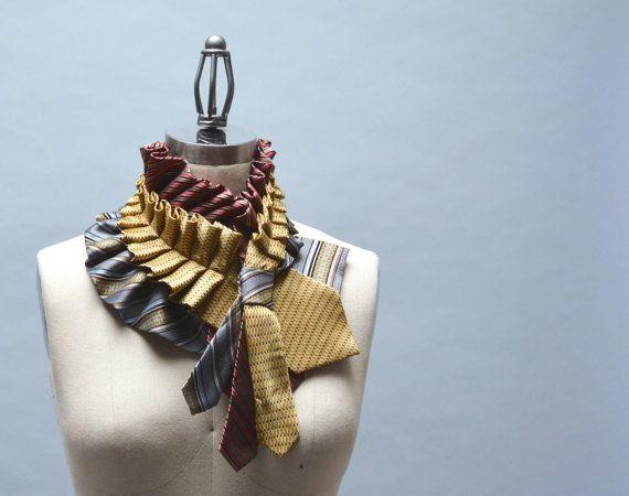 Upcycled cravate foulard - foulard Unique issu de récolte ébouriffé Repurposed cravates en soie Steampunk victorien accessoires cadeau Unique hommes