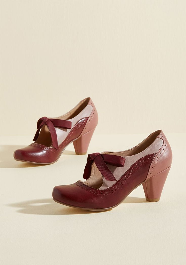 Chelsea Crew Appreciate the Era Mary Jane Heel - Pay homage to your favorite time period by flaunting these faux-leather heels from Chelsea Crew! Nostalgic from blush pink counters, to mauve uppers, to burgundy toes trimmed with perforations, this bow-tied pair satisfies your desire for sentimental style.