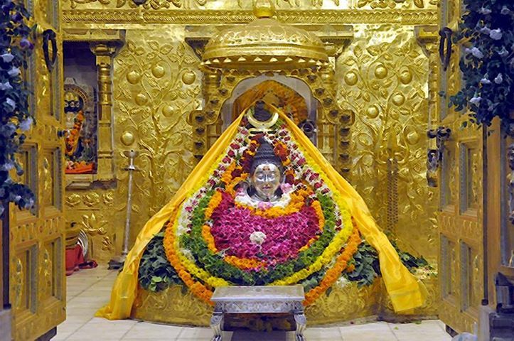 Experience the Spiritual Rejuvenation at Serene Shrine of Somnath. Know about places to visit at www.traveltripsonline.com