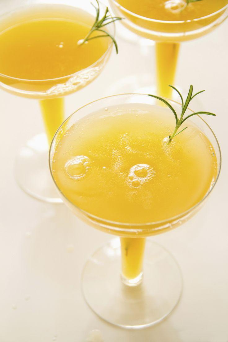 De Bellini, een heerlijke cocktail met perzik en prosecco, is geschikt ...