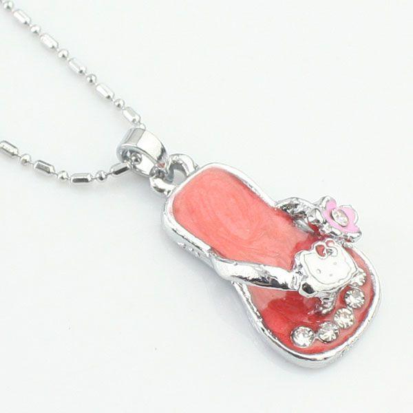Red pantoufles en forme de diamant collier