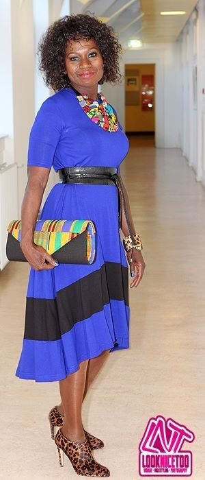 #LadyAfrica African Inspired Fashion & Accessory look: Cobalt Blue Dress by Tart Clothing &Maxi Kente Clutch